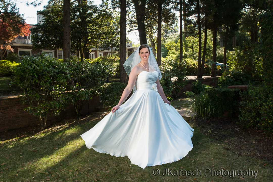 Leila-Owen-Wedding-Rose-Hill-Estates-15